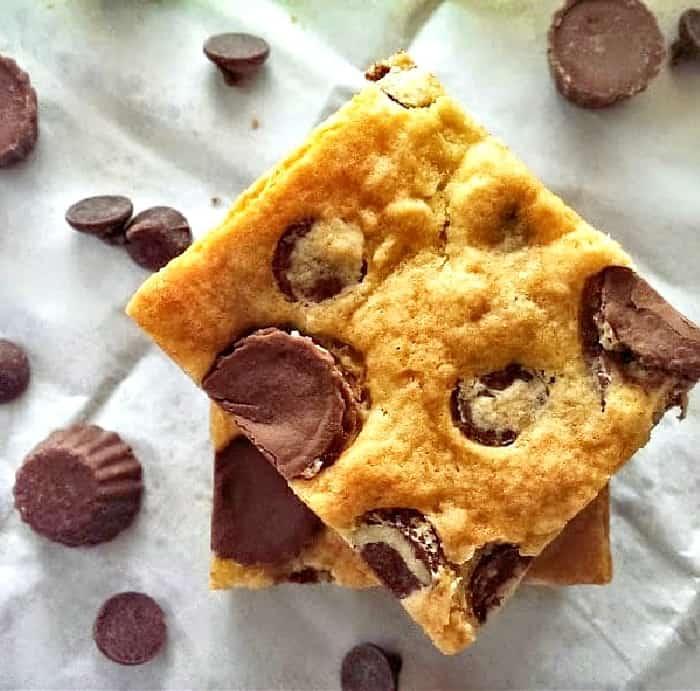 Reese's & Milk Chocolate Chip Cookie Bars