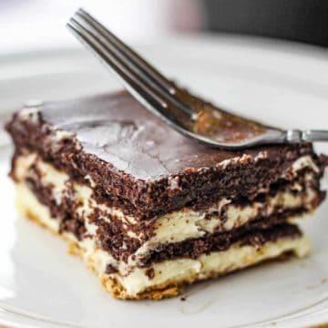 Elegant Chocolate Eclair Cake