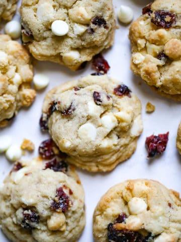delicious White Chocolate Cranberry Cookies