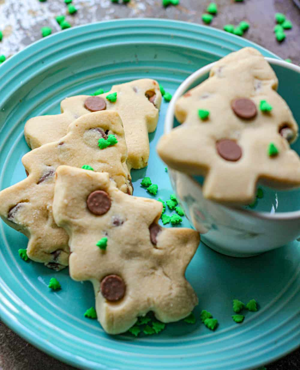 Peanut Butter Milk Chocolate Chip Shortbread Cookies