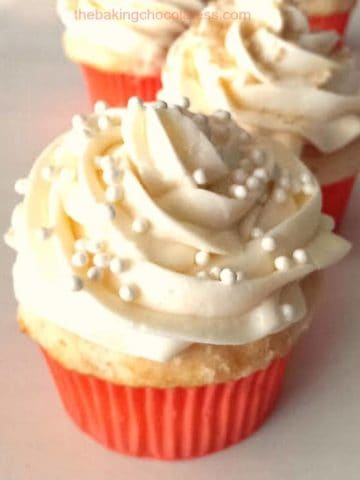 Heavenly White Chocolate Buttercream Frosted Vanilla Butter Cupcakes