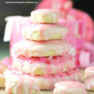 Soft Buttermilk {Cutout} Cookies & Icing!