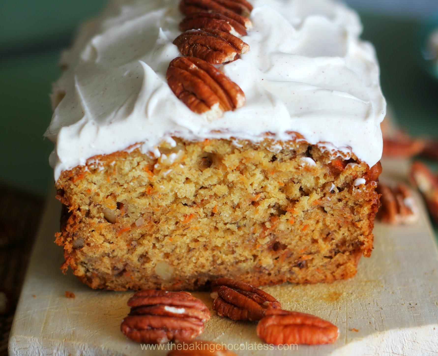 Carrot Cake Banana Bread {RumChata Cinnamon Cream Cheese Frosting