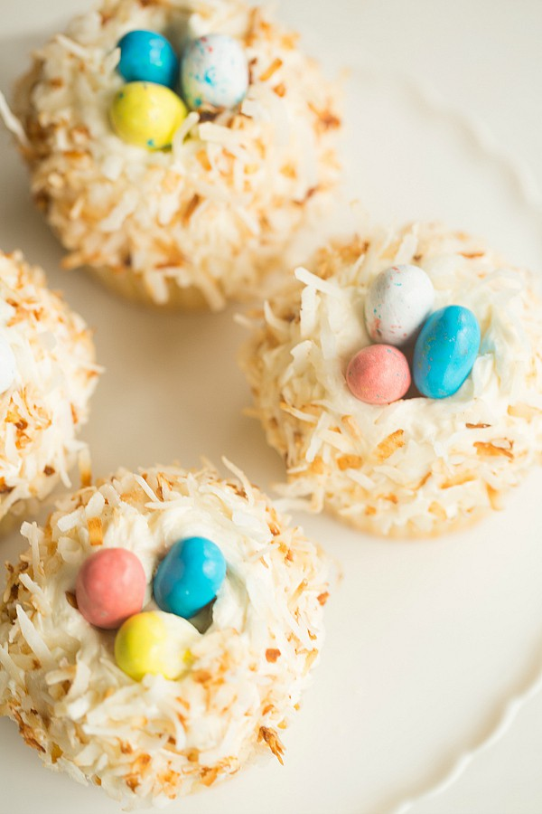 coconut-cupcakes-38-600
