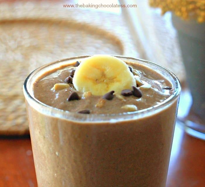 """""""Skinny"""" Chocolate Almond Butter Banana Breakfast Shake {GF & Dairy Free}"""