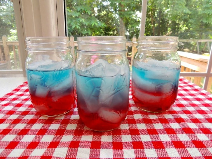 20 Red, White & Blue Patriotic Desserts to Proudly Hail!