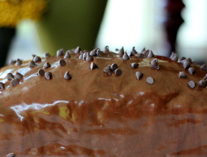 how to make chocolate glaze for cake