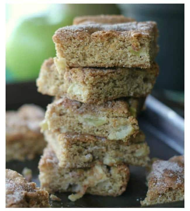 Apple Cinnamon Snickerdoodle Cookie Bars