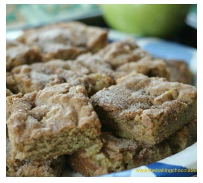 Apple Cinnamon Snickerdoodle Cookie Bars