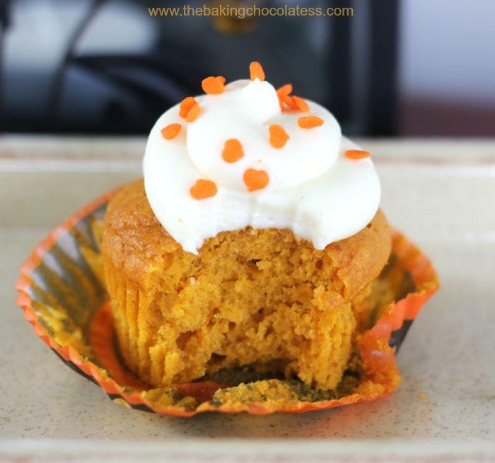 Plush Pumpkin Cupcakes with Vanilla Cream Cheese Frosting