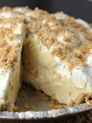 center of Amish Peanut Butter Cream Pie