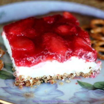 Heavenly Strawberry Pretzel Dessert