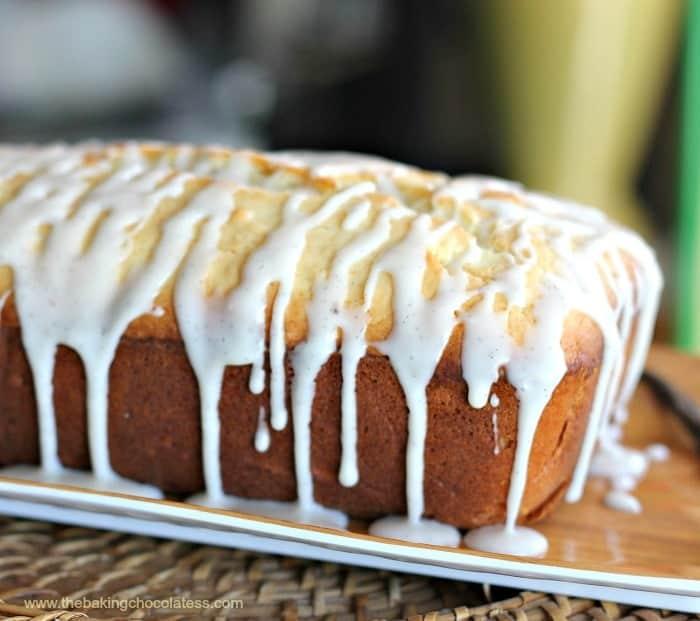 Old-Fashioned Vanilla Bean Cream Cheese Pound Cake