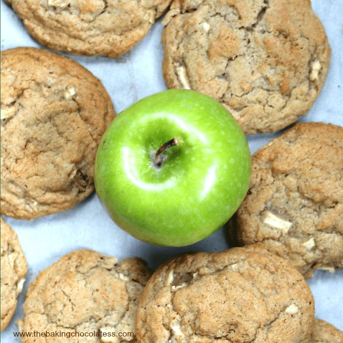 apple in center of cookies