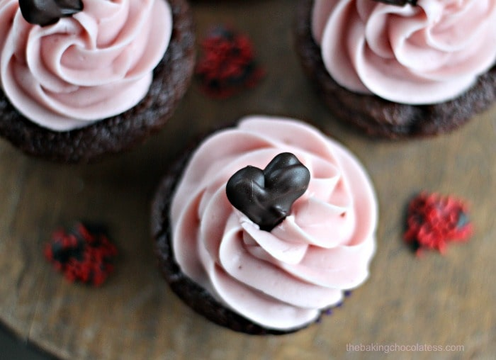 """Lovey-Dovey"" Chocolate Heart Raspberry Chocolate Mousse Cupcakes"