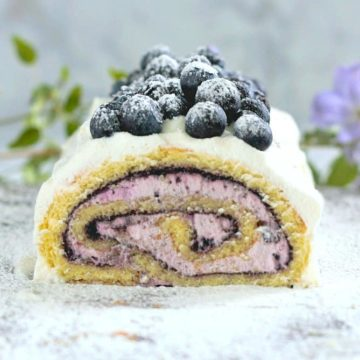 Blueberry Elderberry Cake Roll - It's Luscious!