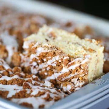 Cinnamon Swirl Streusel Coffee Cake for the Weekends! (9×13 Pan)