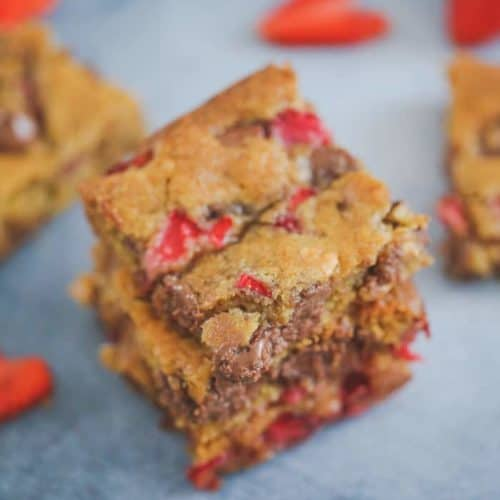 Strawberry Milk Chocolate Chip Blondie Bars