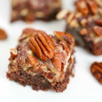 Chocolate Pecan Pie Brownies