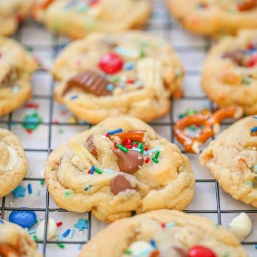 Santa's Christmas Trash Cookies