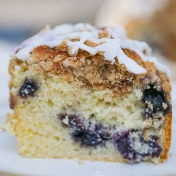 Wild Berry Streusel Crumble Coffee Cake
