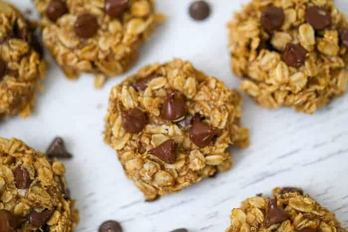 Flourless Peanut Butter Banana Oat Chocolate Chip Cookies