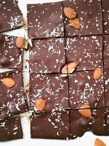 Keto Chocolate Almond Joy Bark