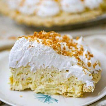 Easy No-Bake Coconut Cream Pie!