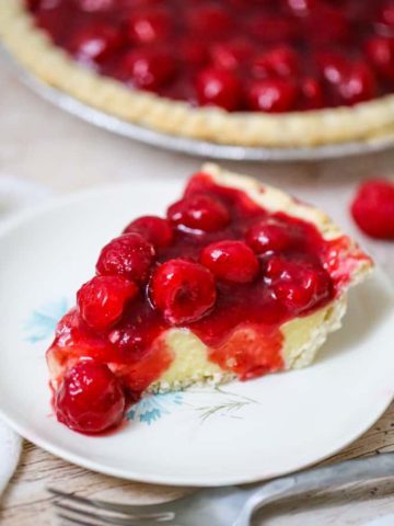 Raspberry Vanilla Custard Pudding Pie