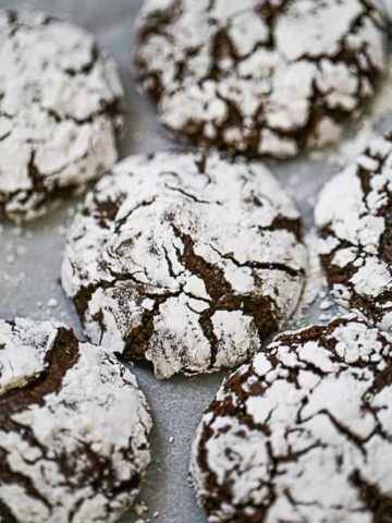 Best Fudgy Chocolate Crinkle Cookies