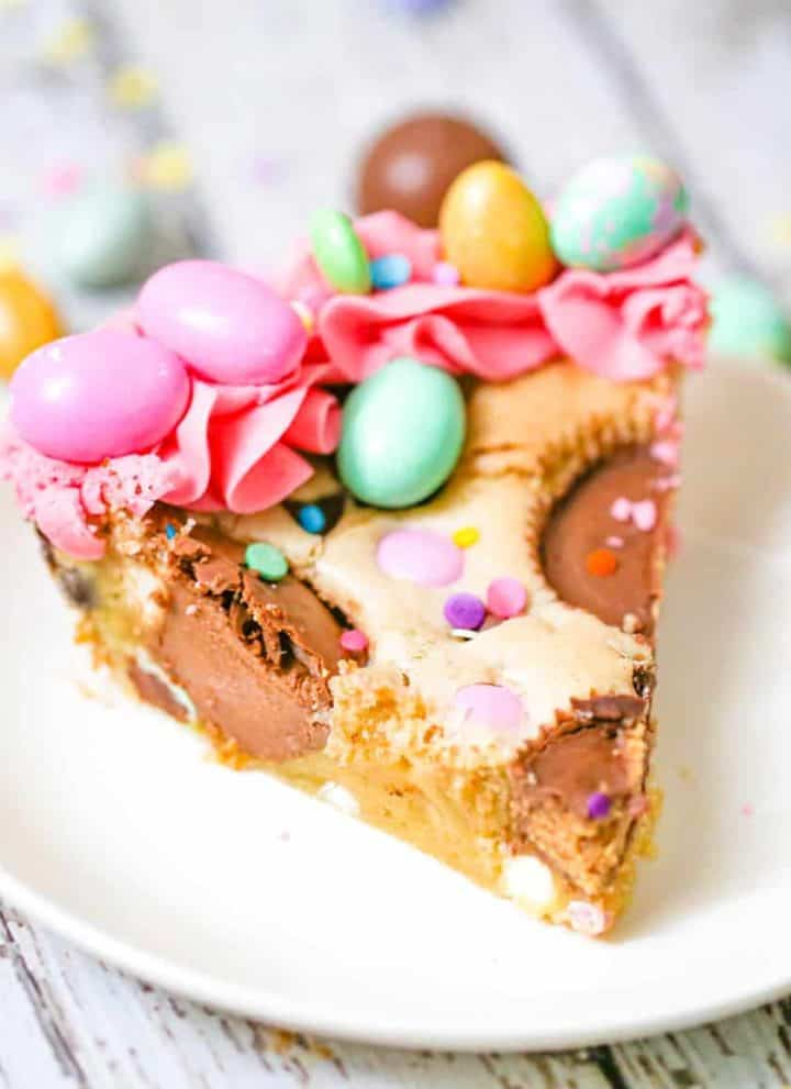 Leftover Candy Cookie Pie